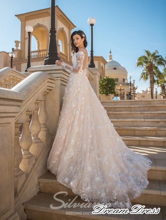Svatebni Saty Na Zakazku Silviamo Amazing 2018 Dream Dress